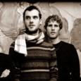 Arriva da Thiene(VI) questo progetto chiamato IL BUIO, band formata poco più di un anno fa da cinque musicisti giovani ma con già interessanti progetti alle spalle. Un EP omonimo […]