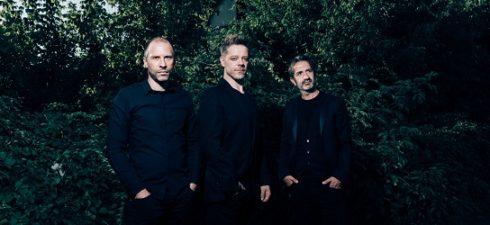 """Avevamo avuto nei nostri studi questa band circa un lustro fa con il loro disco d'esordio """"Cheap Pop"""" e abbiamo dovuto aspettare tutto questo tempo per l'uscita della loro seconda […]"""
